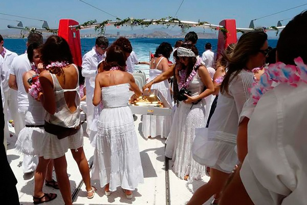 Party boat blanca