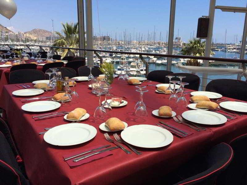 Comedor para despedidas en Pilsen Alicante