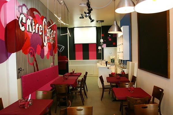 Sala del restaurante Entre Copas en Alicante